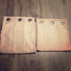 Pair of grommet curtains. Like new!